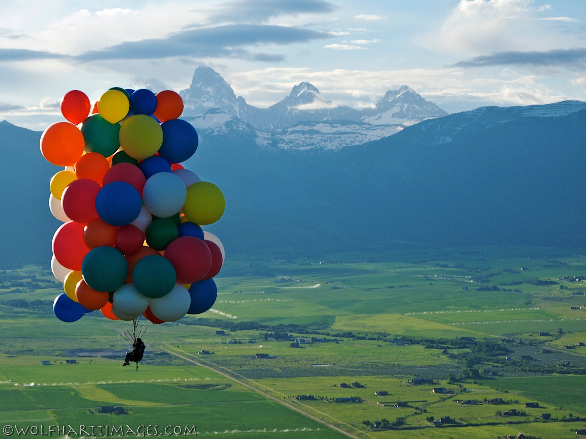 Cluster ballooning in Teton Valley